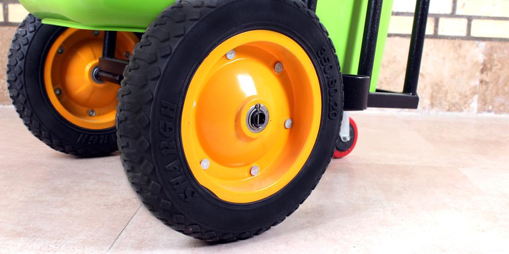 چرخ های بزرگ گاری حمل زباله
